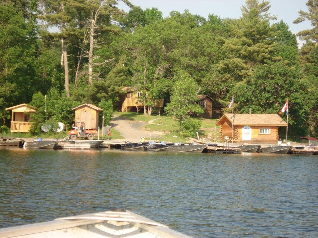 Lake of the woods fishing lodge for sale