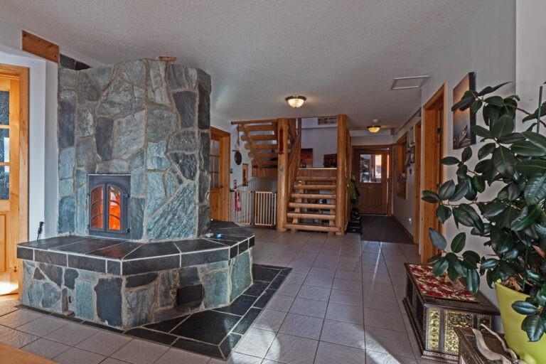 Alberta Lodge For Sale 3