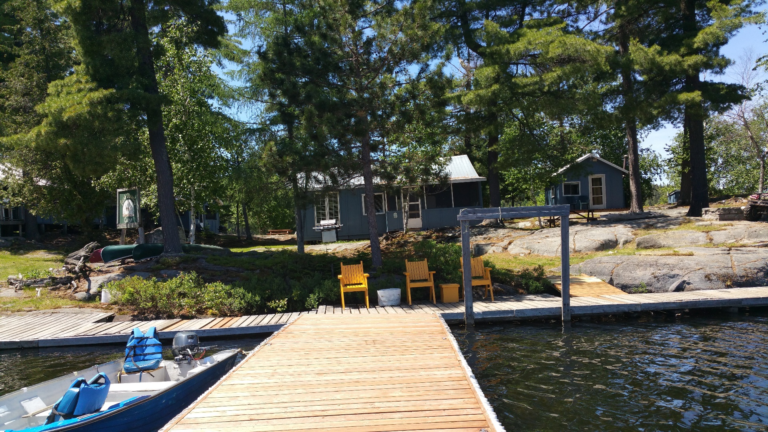 Quebec Fishing Hunting Camp For Sale 8