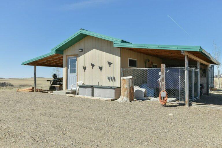 Alberta Lodge For Sale 12