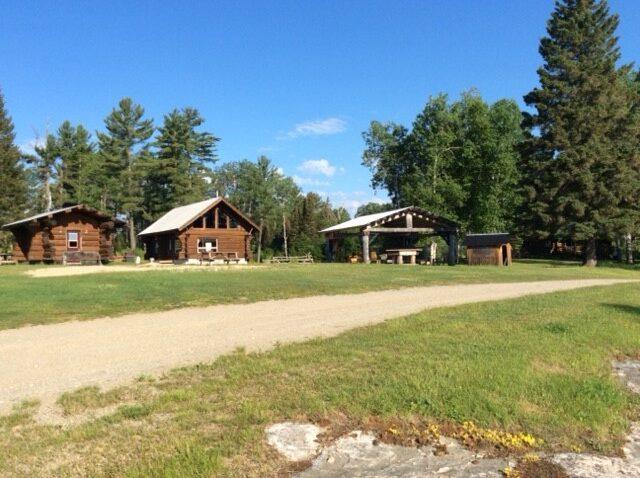 Quebec Lodge For Sale 1