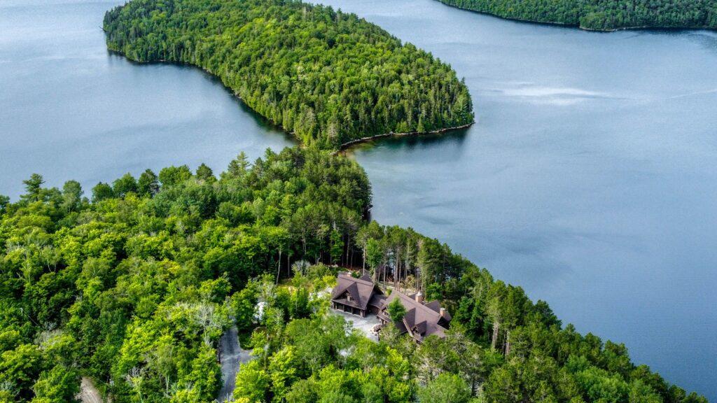 Quebec Lodge For Sale